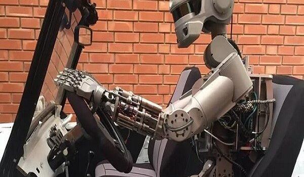 Россия заняла второе место в мировом рейтинге производителей сервисных роботов