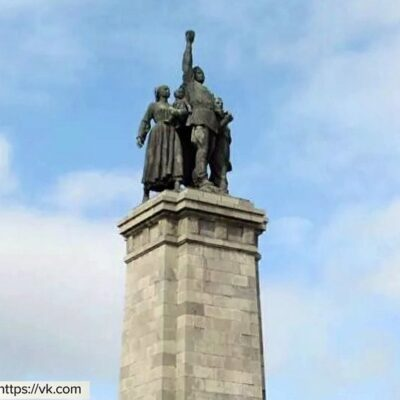 Российское посольство в Болгарии ждет реакции властей Софии на осквернение памятника советским воинам