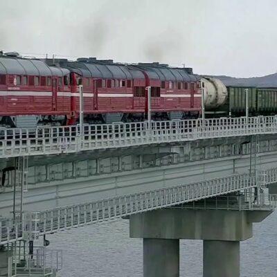 По Крымскому мосту прошли первые в истории грузовые составы и открылся участок трассы «Таврида»