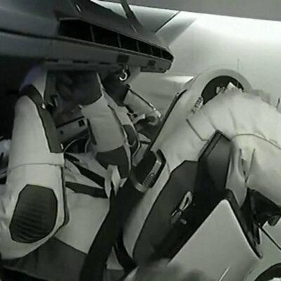 Пилотируемый корабль Crew Dragon пристыковался к МКС