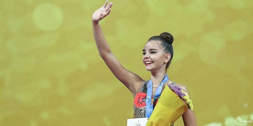 Российская гимнастка Дина Аверина выиграла международный онлайн-турнир в личном многоборье