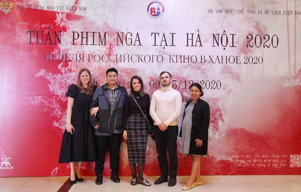 Жители Вьетнама знакомятся с российскими военными фильмами