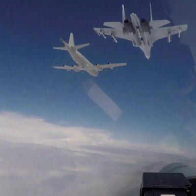 В Минобороны РФ рассказали о перехвате у госграниц сразу трех самолетов-разведчиков Франции и США