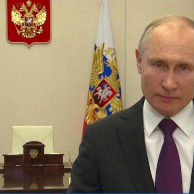 Владимир Путин поздравил профессиональных спасателей с 30-летием со дня образования службы
