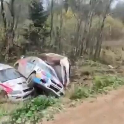 В финале кубка России по ралли «Пушкинские горы» сразу шесть машин вылетели с трассы