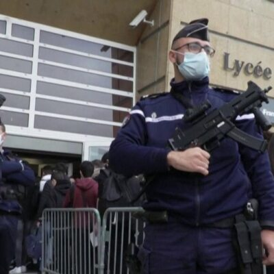 Во Франции принимают повышенные меры безопасности
