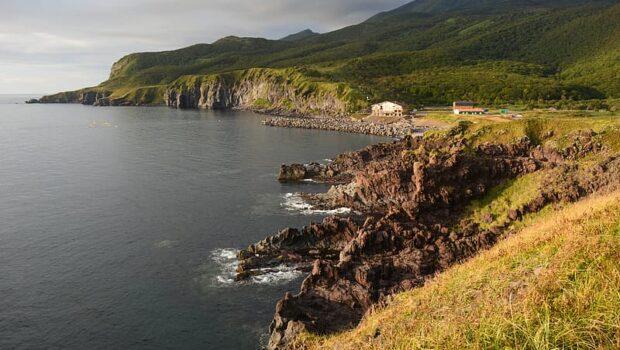 Японцы осмотрят с воздуха могилы предков на Курильских островах