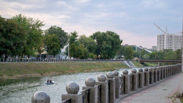 Власти Харькова в третий раз вернули проспекту имя маршала Жукова