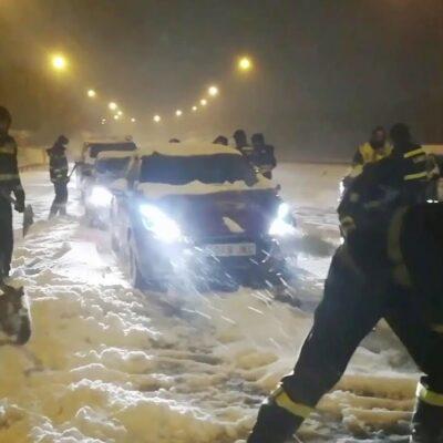 В Мадриде устраняют последствия мощного снегопада