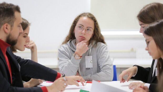 Программы вузов Москвы и Петербурга вошли в сотню лучших магистерских программ мира