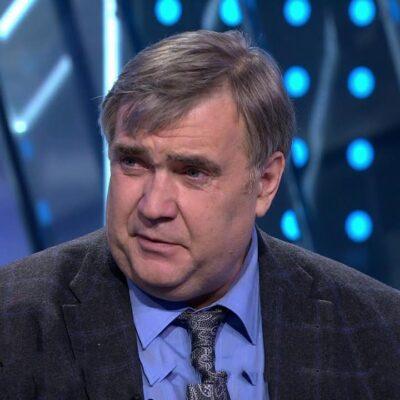 В возрасте 59 лет ушел из жизни журналист и спортивный комментатор Юрий Розанов