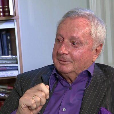 Поздравления с 80-летием принимает заслуженный журналист России Виталий Игнатенко