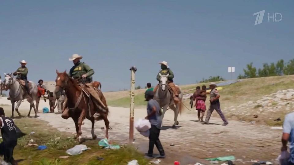 Накаляется обстановка из-за потока беженцев на границе американского штата Техас и Мексики