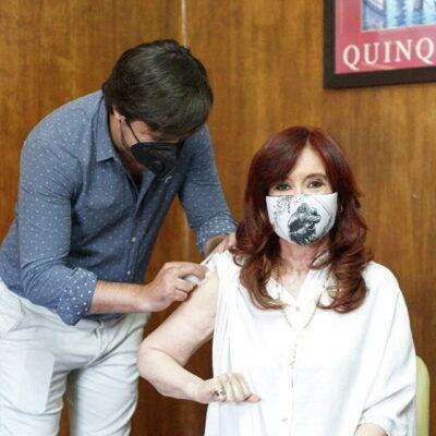 Вице-президент Аргентины привилась от коронавируса российской вакциной