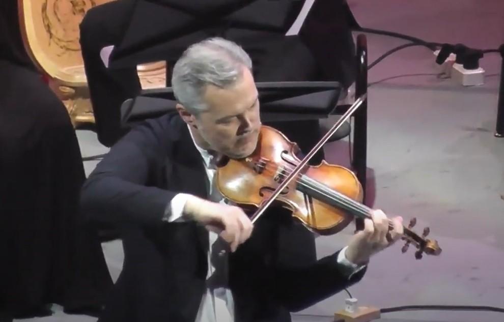 К 50-летию скрипача Вадима Репина во многих странах выходят диски с его записями