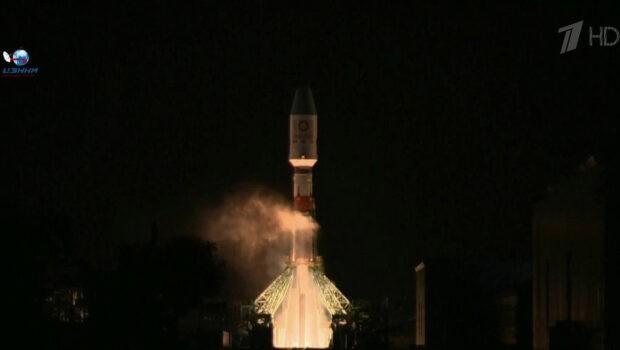 Более 30 британских спутников связи успешно выведены на орбиту с помощью ракеты «Союз»