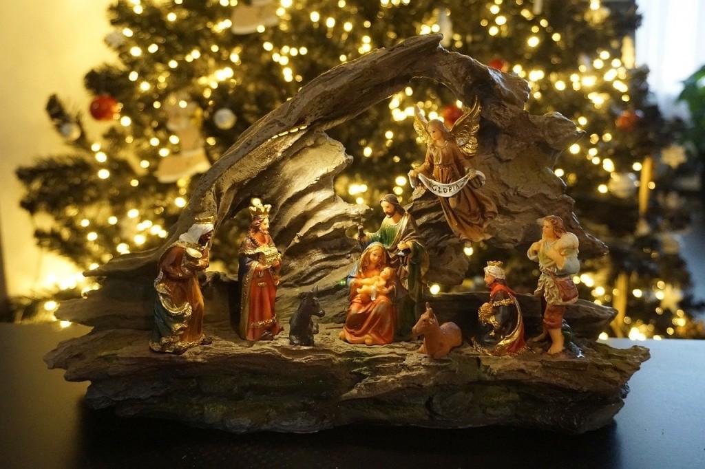 Православные верующие отмечают Рождество