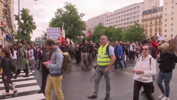 Во Франции с 9 августа ужесточают антиковидные меры