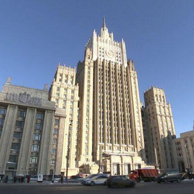 Глава МИД РФ Сергей Лавров пообещал, что новые антироссийские санкции не останутся без ответа