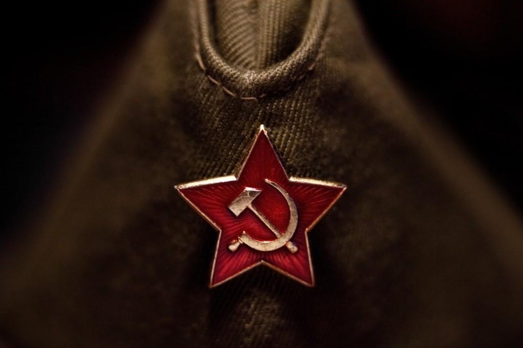 Вандалы разрушили памятник советским воинам в Молдавии
