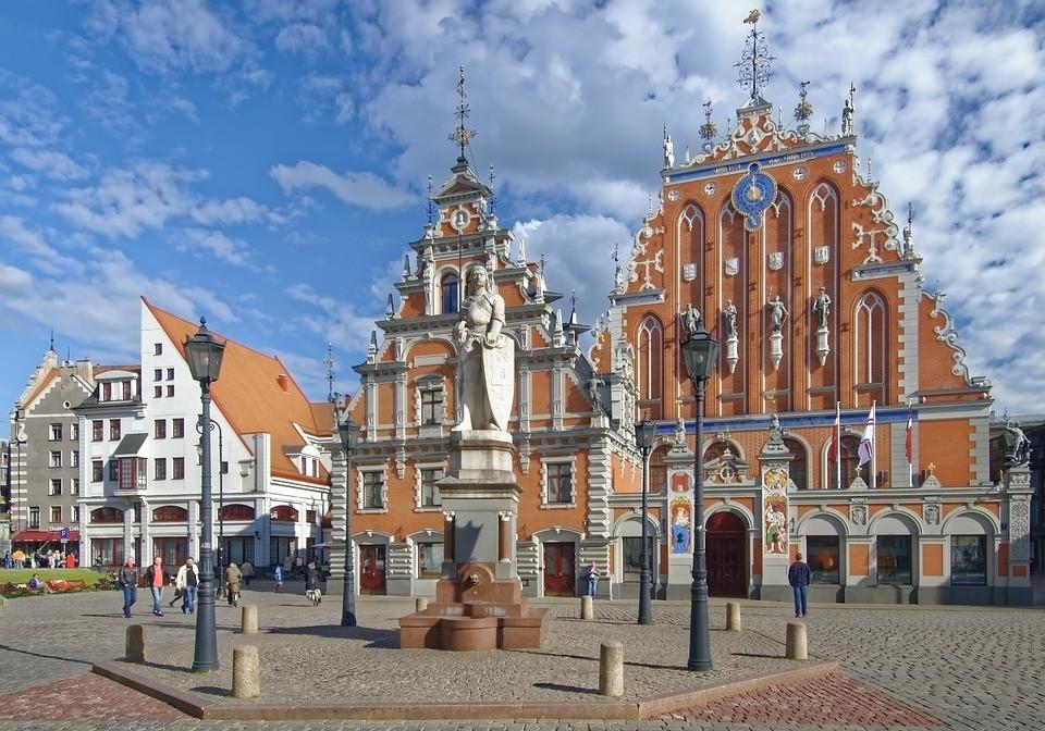 Сейм Латвии хочет запретить предвыборную агитацию на русском языке