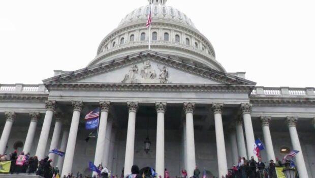 В США по делу о январской акции у Капитолия арестованы уже 500 человек