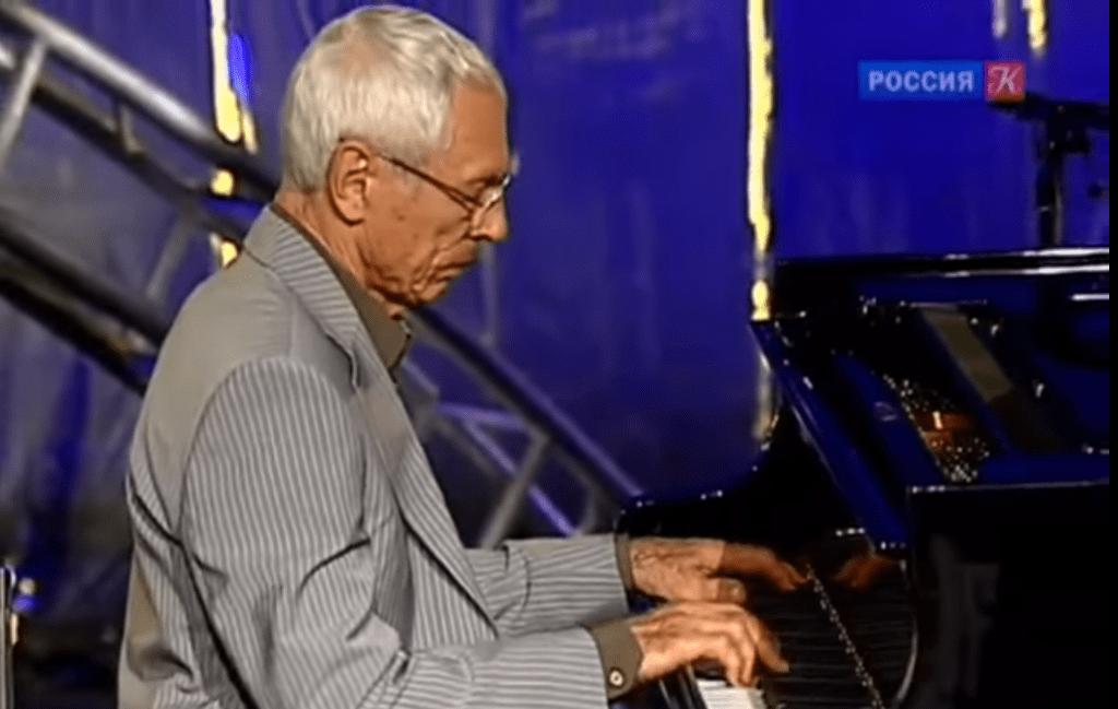 Композитор Александр Зацепин отмечает 95-летие