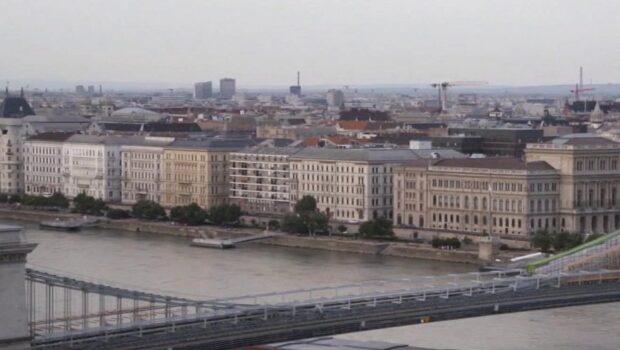 Венгрия открывает границы для всех российских туристов