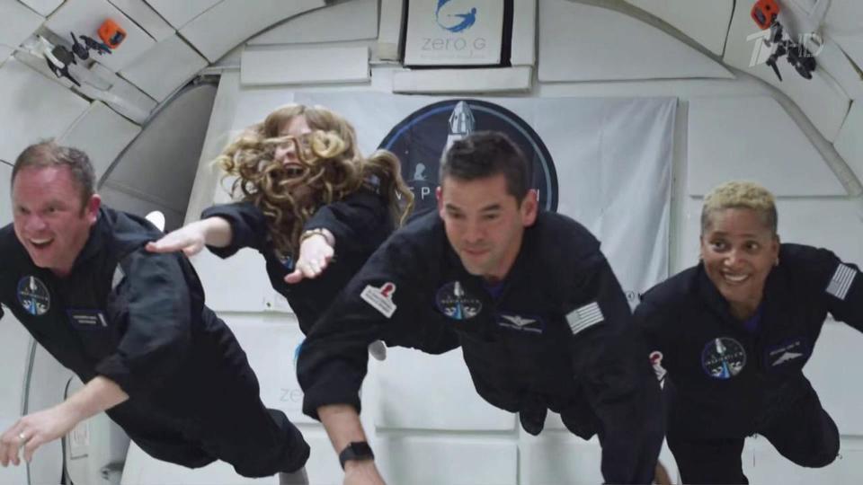 Американцы отправили на орбиту полностью непрофессиональный экипаж
