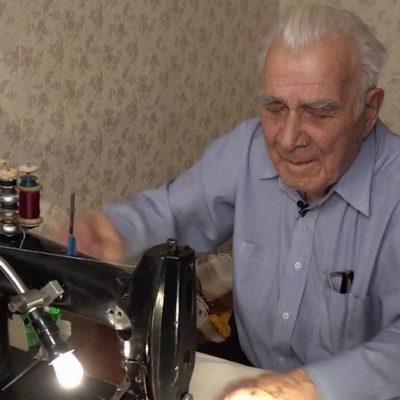 98-летний ветеран из Екатеринбурга помогает собирать деньги на лечение тяжелобольных детей