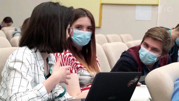 В Москве усилены антиковидные меры