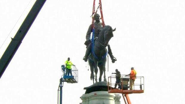 В американском Ричмонде демонтировали памятник генералу Роберту Ли