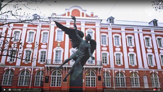 Иностранные абитуриенты выбирают Петербург, сообщили в СПбГУ