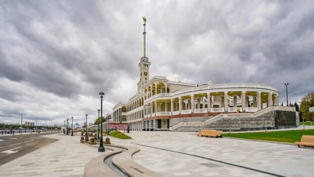 Экскурсии по историческим зданиям Москвы выложили в онлайн-доступ