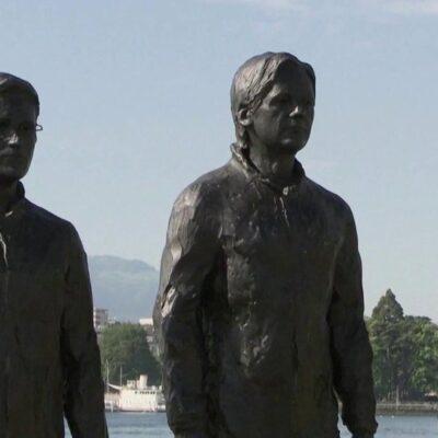 В Женеве установили бронзовые скульптуры Эдварда Сноудена, Джулиана Ассанжа и Челси Мэннинг