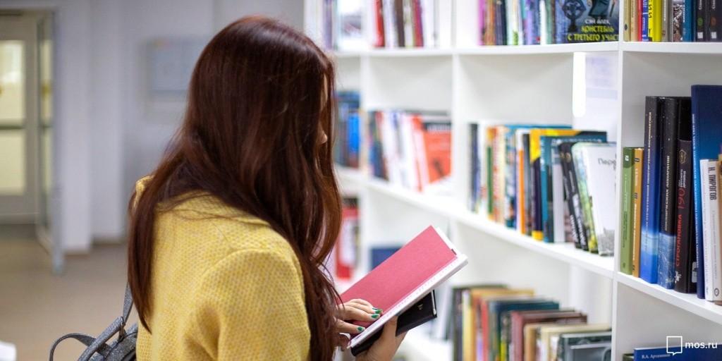 Запретить русский мало: украинские издатели заявили о низких продажах книг на госязыке