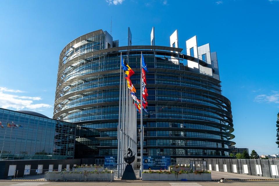 Евросоюз разрушил отношения с Россией, считает Сергей Лавров