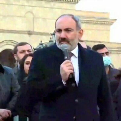 Владимир Путин и Никол Пашинян обсудили по телефону ситуацию в Армении